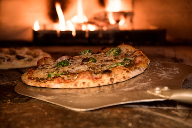 Stone Fired Pizza Van Hire   KKCatering.co.uk