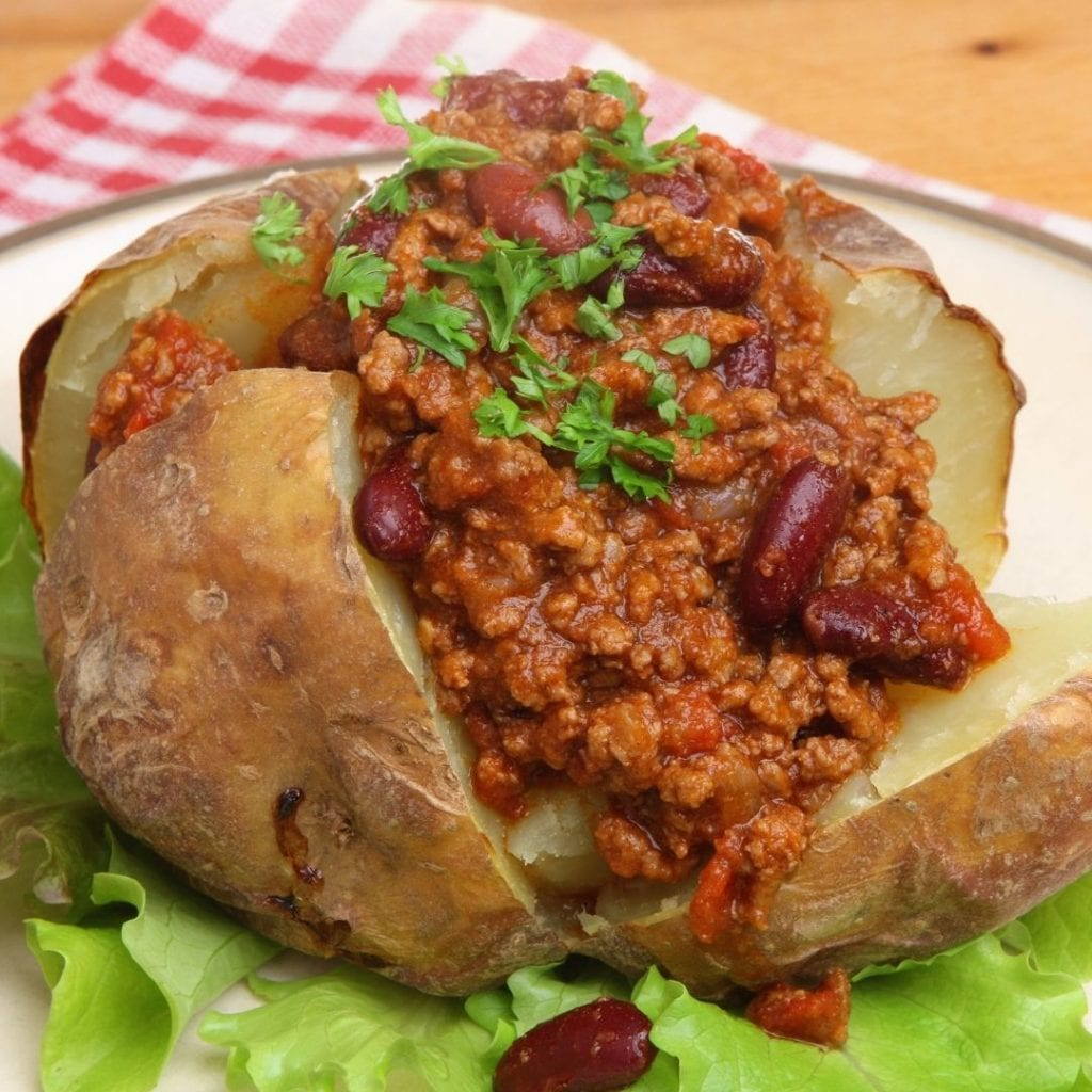 baked potato beef chilli